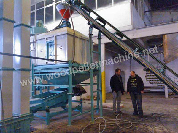 pellet_sieving_machine_and_cooler